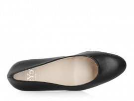 EYE 122: Leather Upper, Leather Lined, Rubber Sole