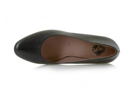 TN642-1: Leather Upper, Leather Lined, Rubber Sole, Padded Insole