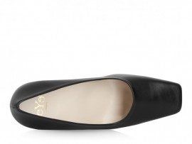 Eye 2100: Leather Upper, Leather Lined, Rubber Sole