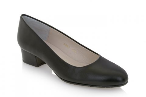 Eye 183: Leather Upper, Leather Lined, Rubber Sole