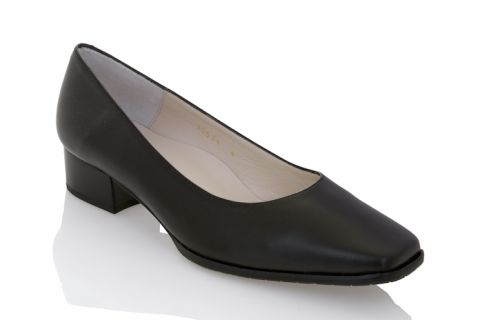Eye 1001: Leather Upper, Leather Lined, Rubber Sole